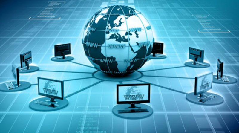 Cine a inventat internetul?