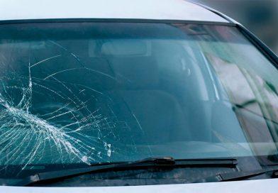 Cauzele avarierii parbrizului auto